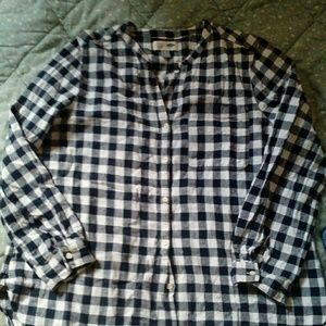 Old Navy gingham long sleeve shirt